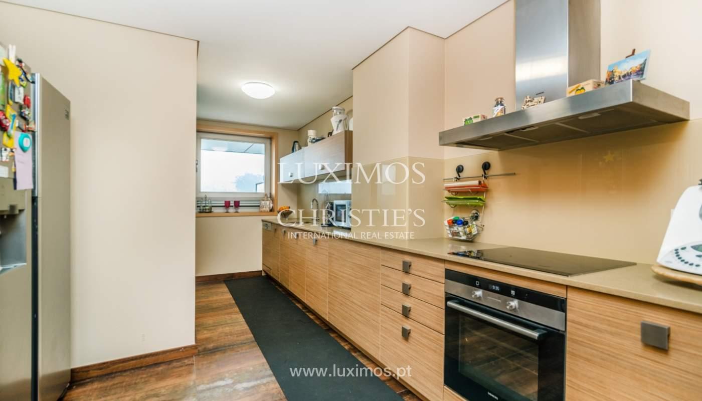 Fantastische Wohnung mit Flussblick in privater Eigentumswohnung, Porto, Portugal_131838