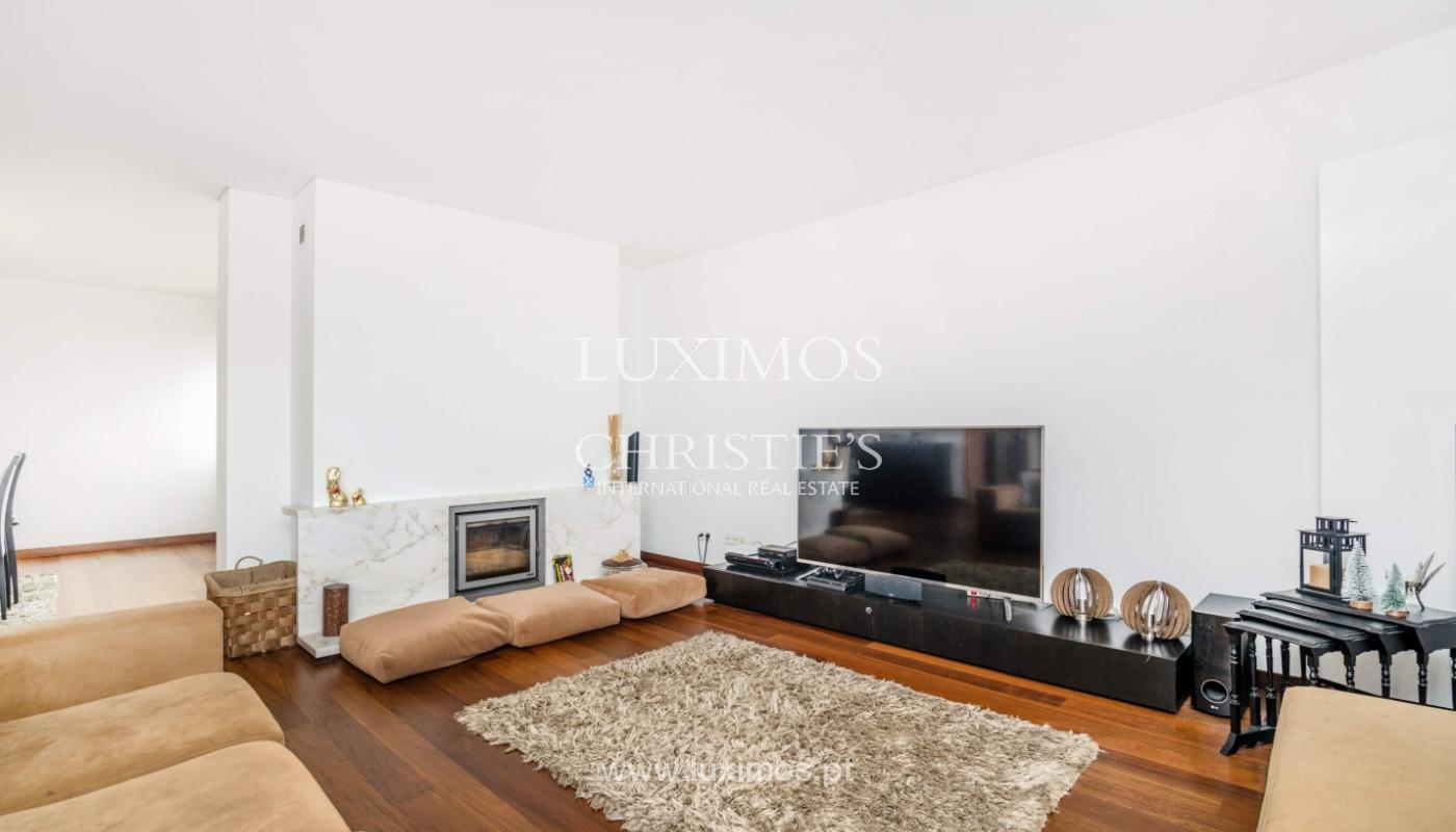 Fantastische Wohnung mit Flussblick in privater Eigentumswohnung, Porto, Portugal_131843