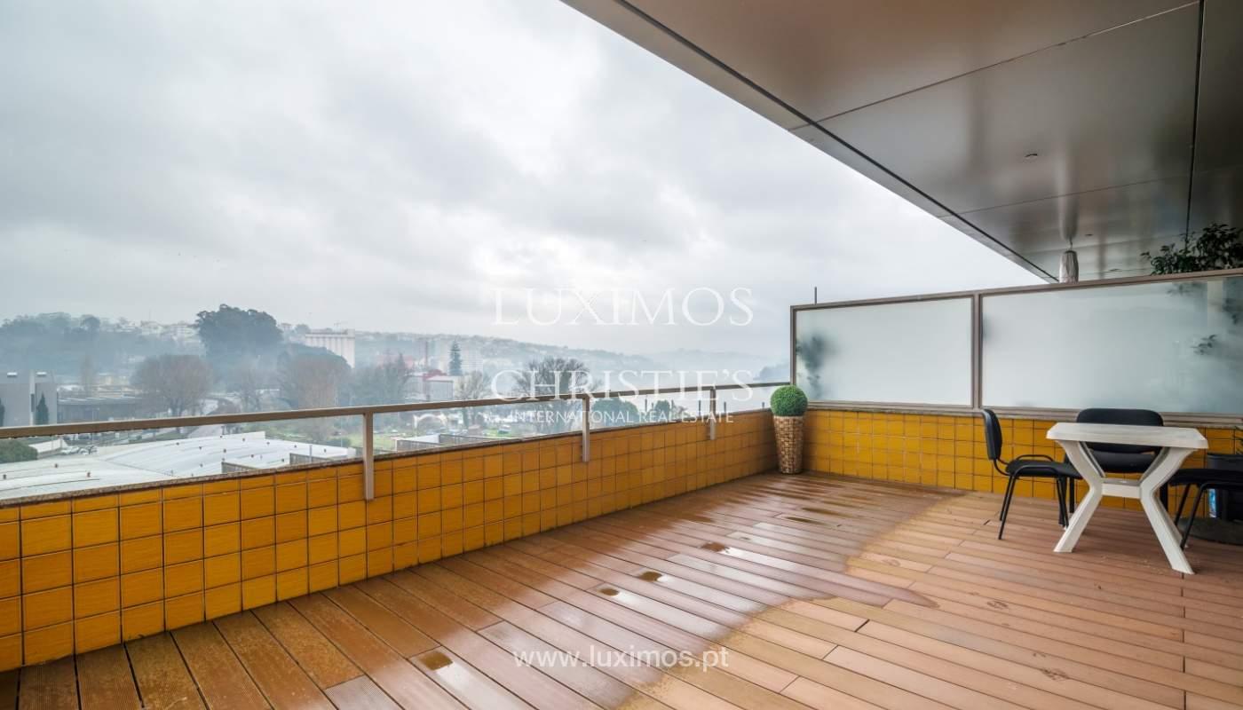 Fantastische Wohnung mit Flussblick in privater Eigentumswohnung, Porto, Portugal_131846