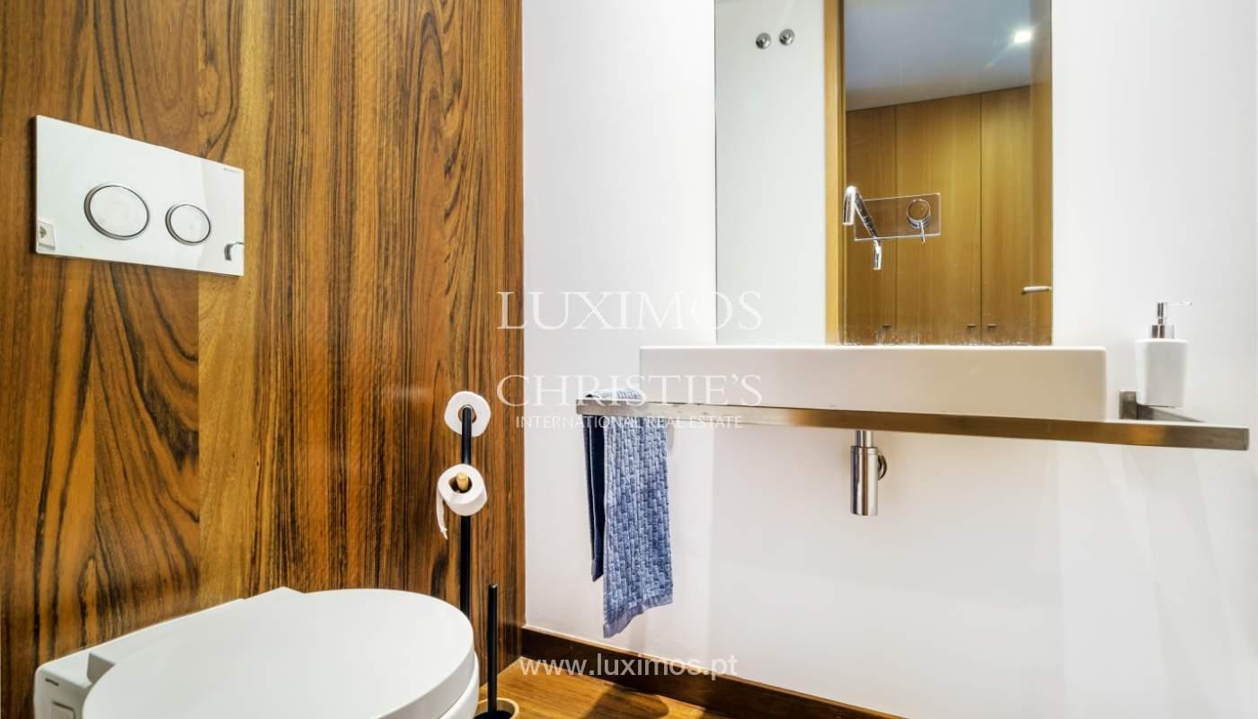 Fantastische Wohnung mit Flussblick in privater Eigentumswohnung, Porto, Portugal_131849