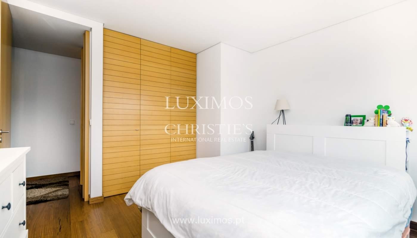 Fantastische Wohnung mit Flussblick in privater Eigentumswohnung, Porto, Portugal_131854