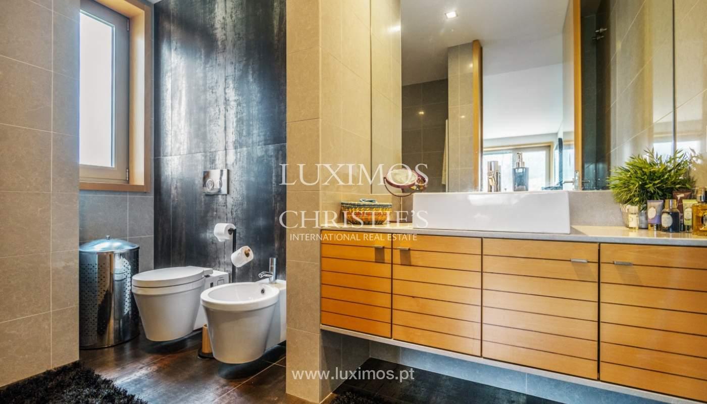 Fantastische Wohnung mit Flussblick in privater Eigentumswohnung, Porto, Portugal_131855
