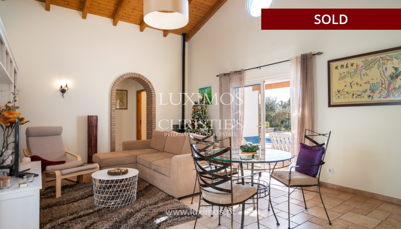 The sale of a house with a swimming pool in São Brás de Alportel, in the Algarve_132007