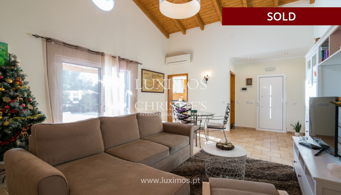The sale of a house with a swimming pool in São Brás de Alportel, in the Algarve_132009