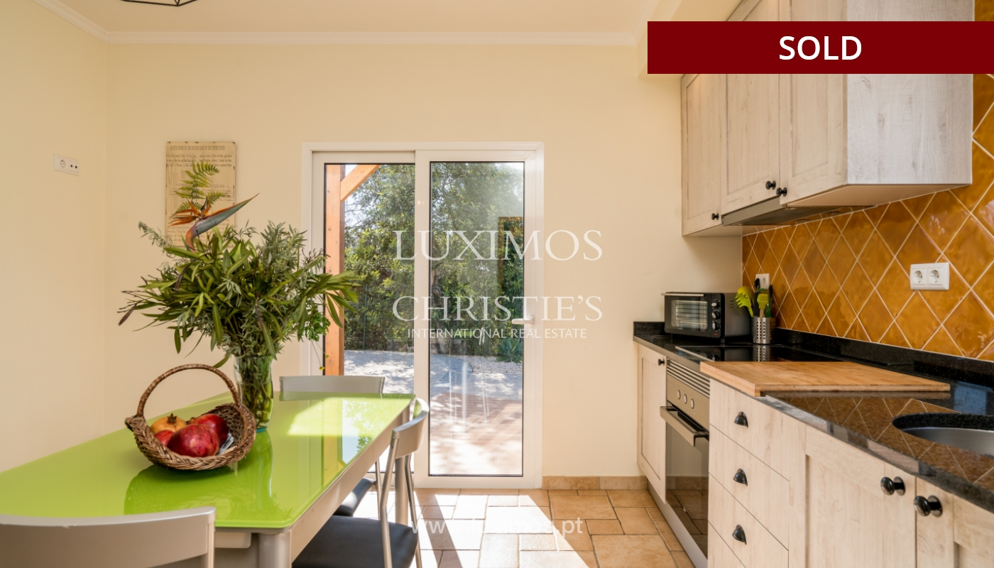 The sale of a house with a swimming pool in São Brás de Alportel, in the Algarve_132014