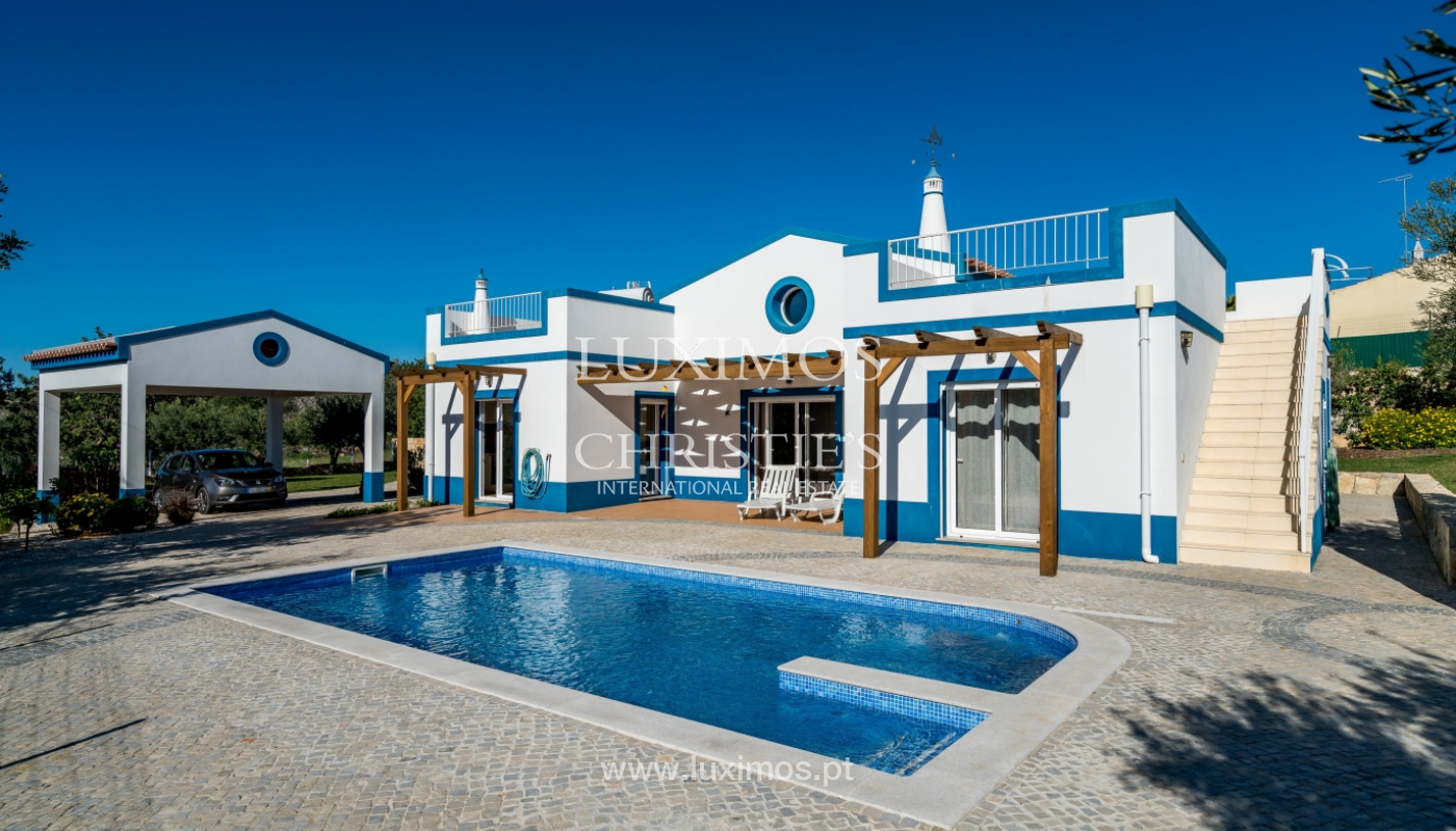 The sale of a house with a swimming pool in São Brás de Alportel, in the Algarve_132017