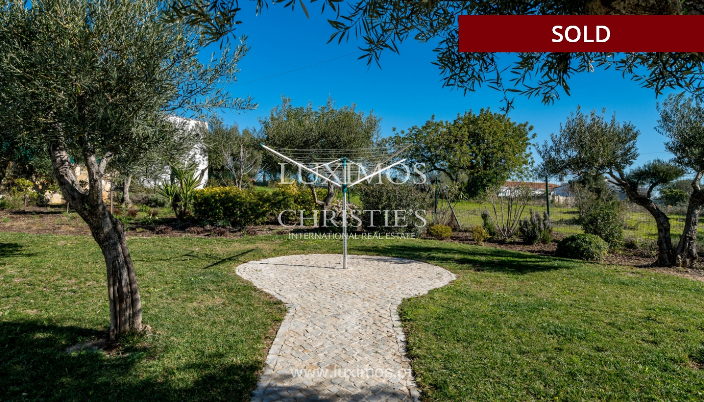 The sale of a house with a swimming pool in São Brás de Alportel, in the Algarve_132022