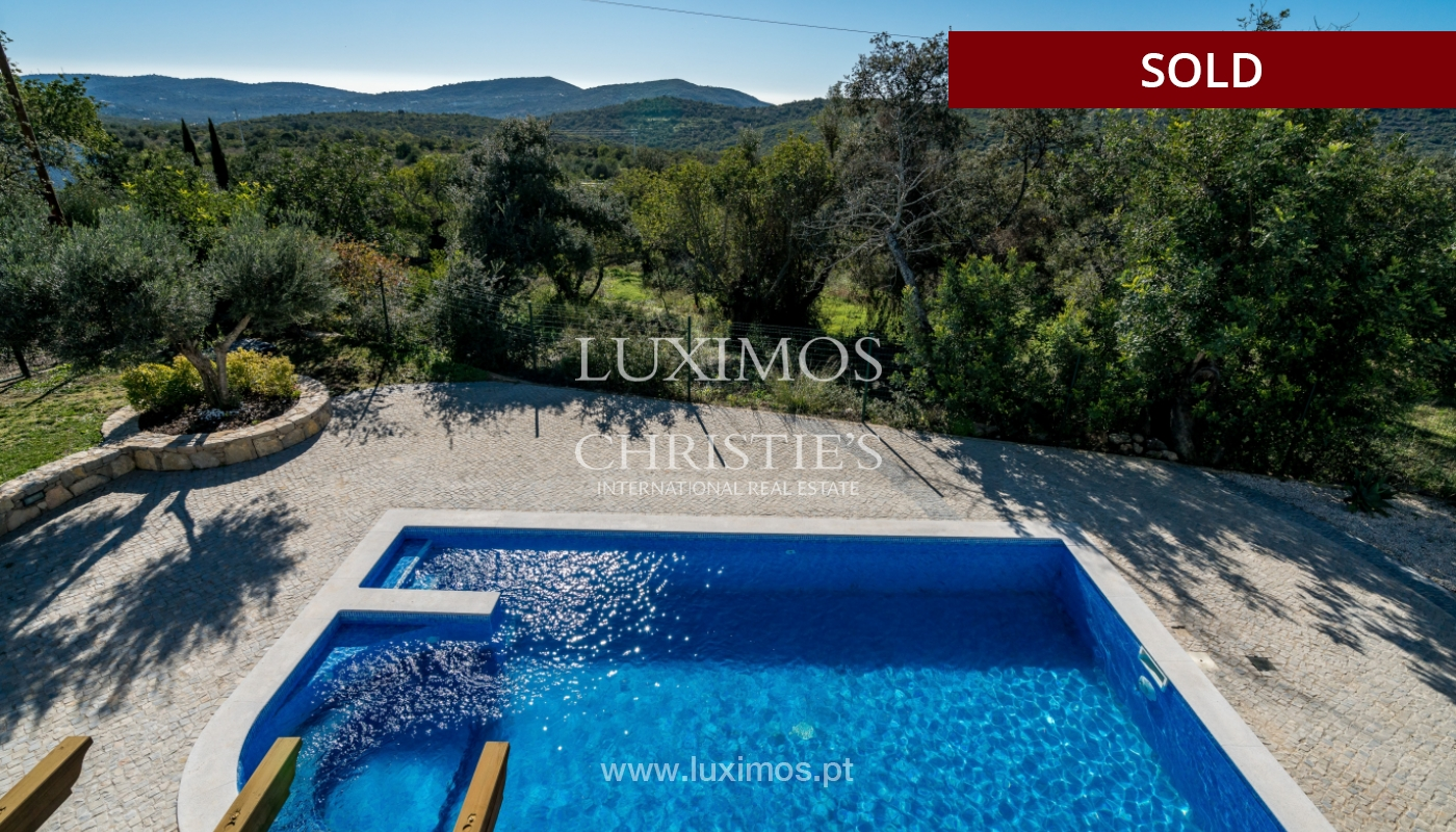The sale of a house with a swimming pool in São Brás de Alportel, in the Algarve_132025