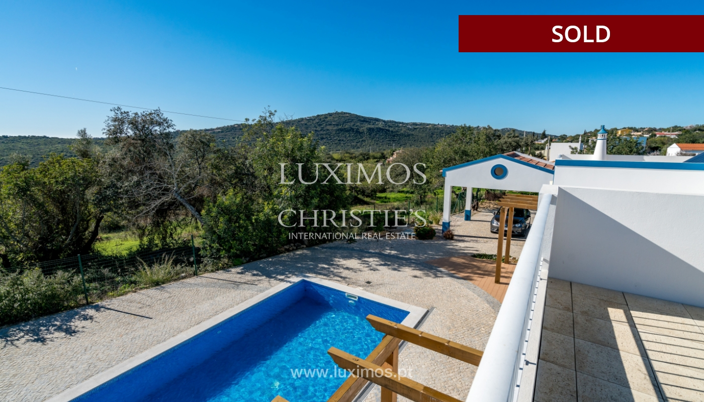 The sale of a house with a swimming pool in São Brás de Alportel, in the Algarve_132027