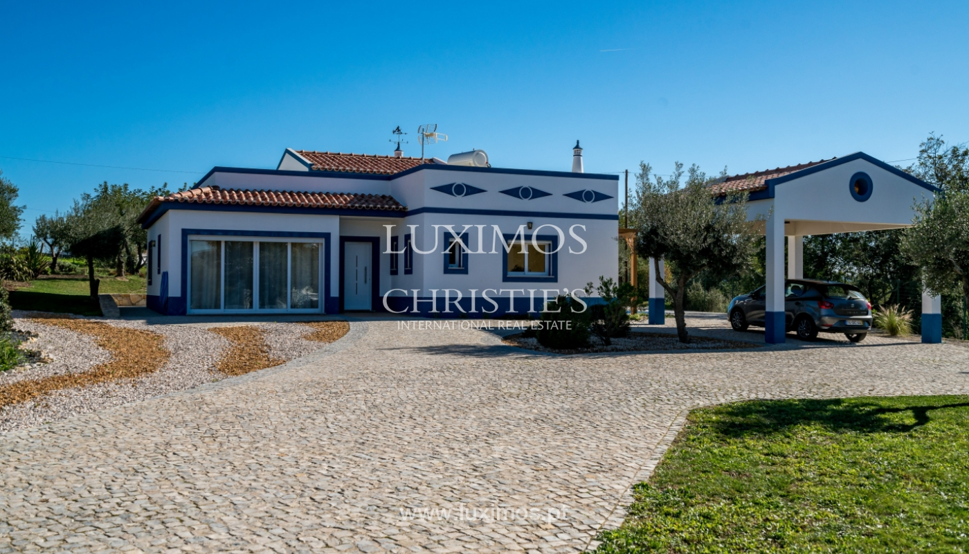 The sale of a house with a swimming pool in São Brás de Alportel, in the Algarve_132036