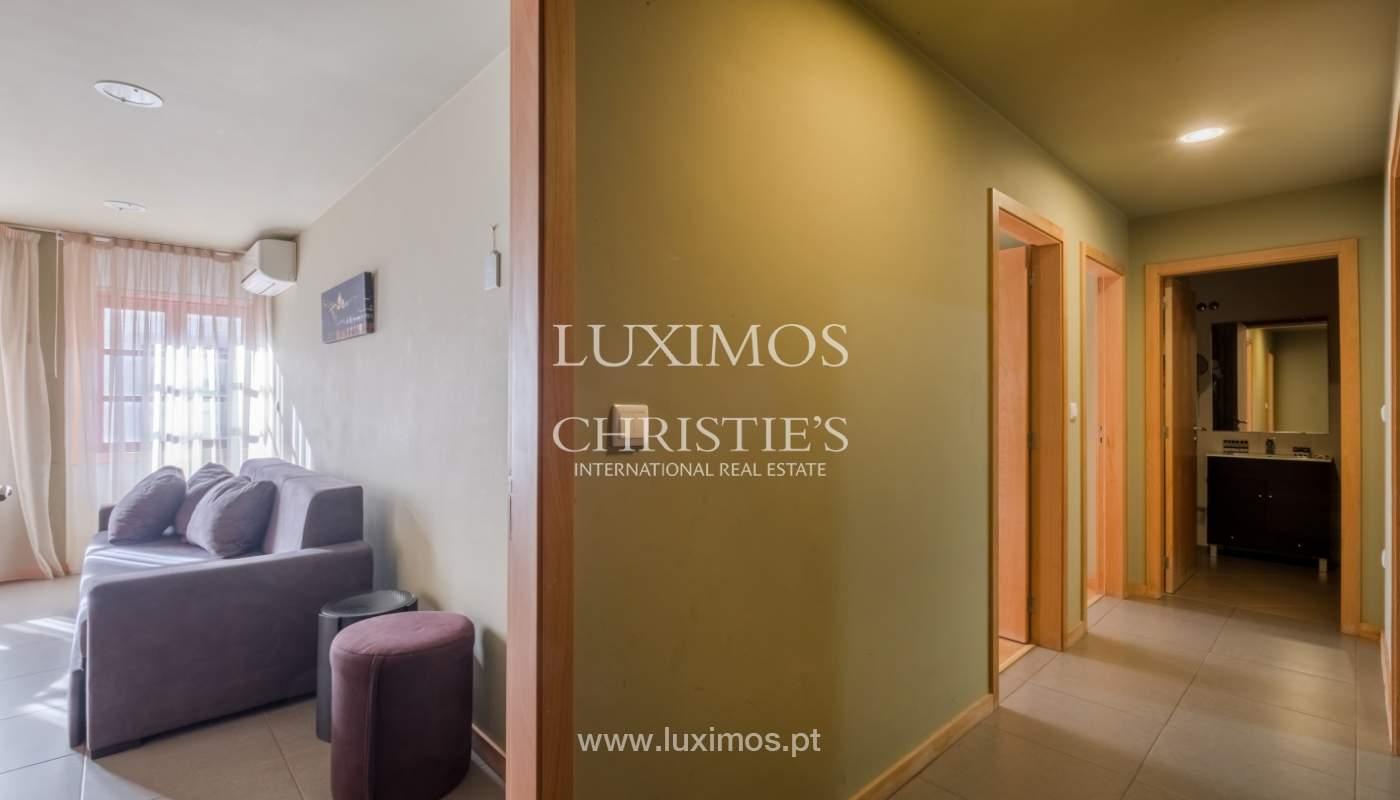 Edificio con 700m2 - 5 apartamentos y tienda en el centro de Oporto, Portugal_132066