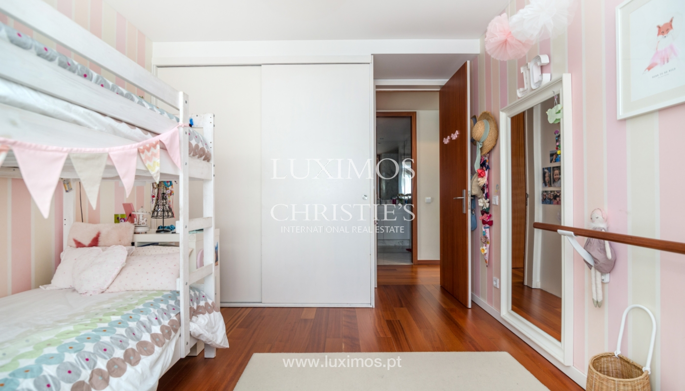 Sale of apartment, with sea view, in Matosinhos, Portugal_132092