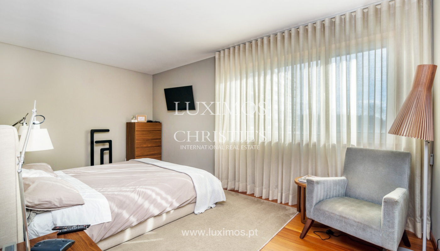Sale of apartment, with sea view, in Matosinhos, Portugal_132096