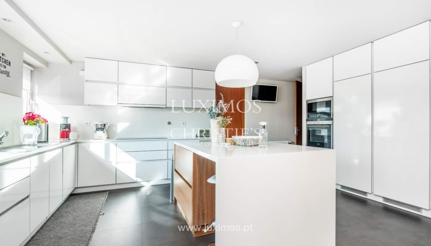 Verkauf einer Wohnung mit Meerblick in Matosinhos, Portugal_132101