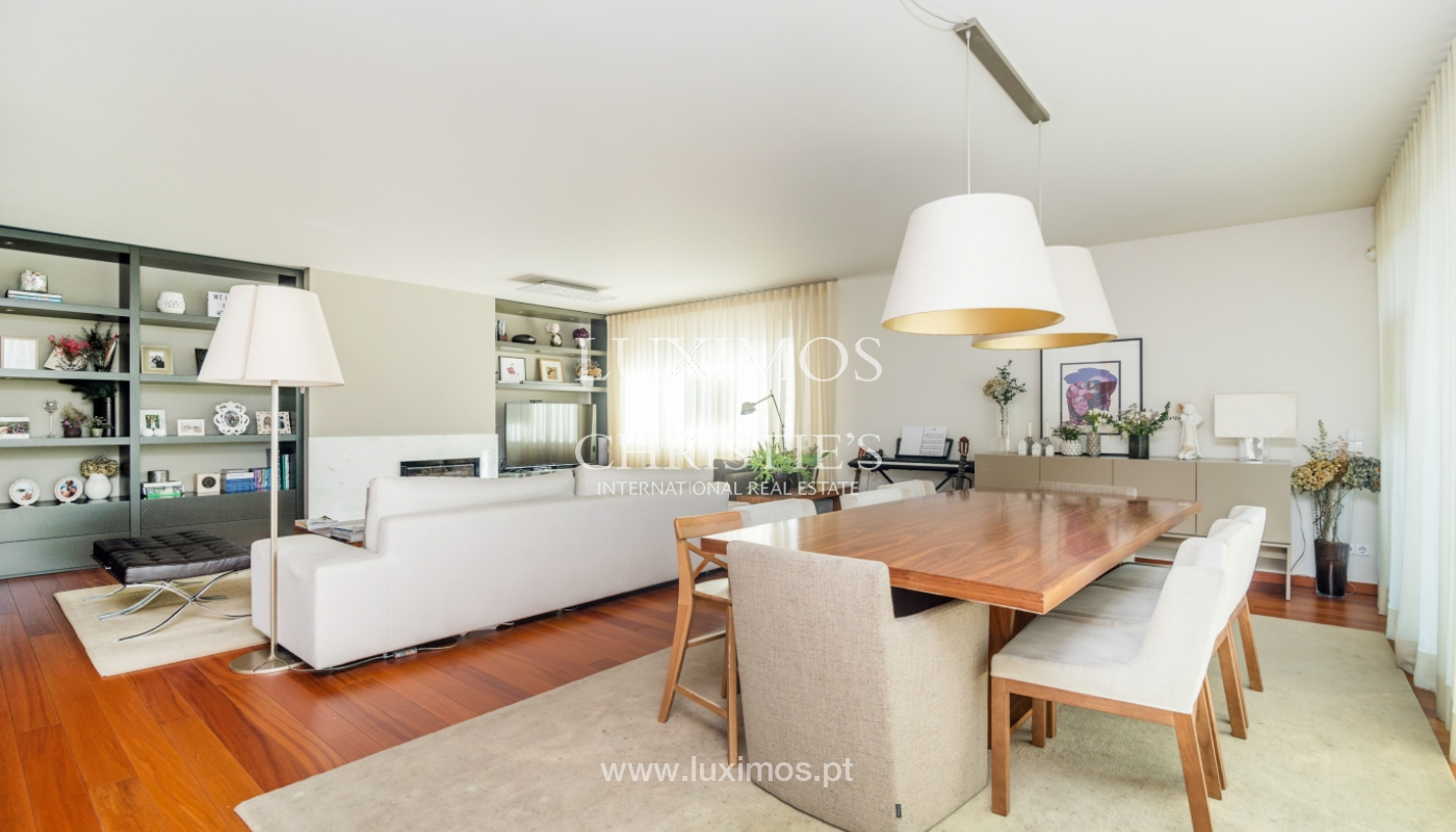 Sale of apartment, with sea view, in Matosinhos, Portugal_132102