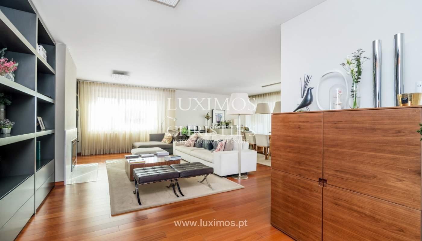 Verkauf einer Wohnung mit Meerblick in Matosinhos, Portugal_132103