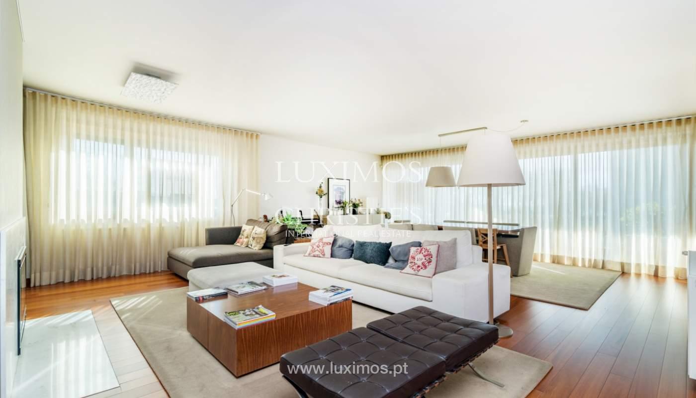 Verkauf einer Wohnung mit Meerblick in Matosinhos, Portugal_132104