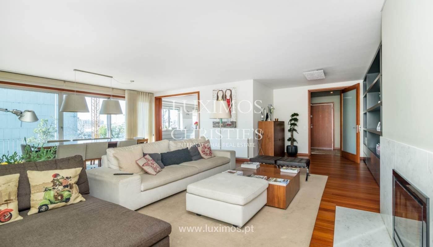 Verkauf einer Wohnung mit Meerblick in Matosinhos, Portugal_132105