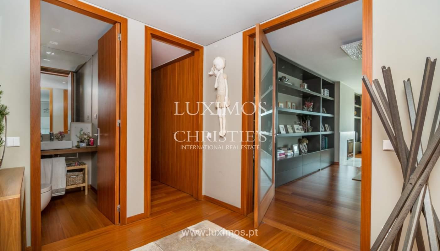 Verkauf einer Wohnung mit Meerblick in Matosinhos, Portugal_132108