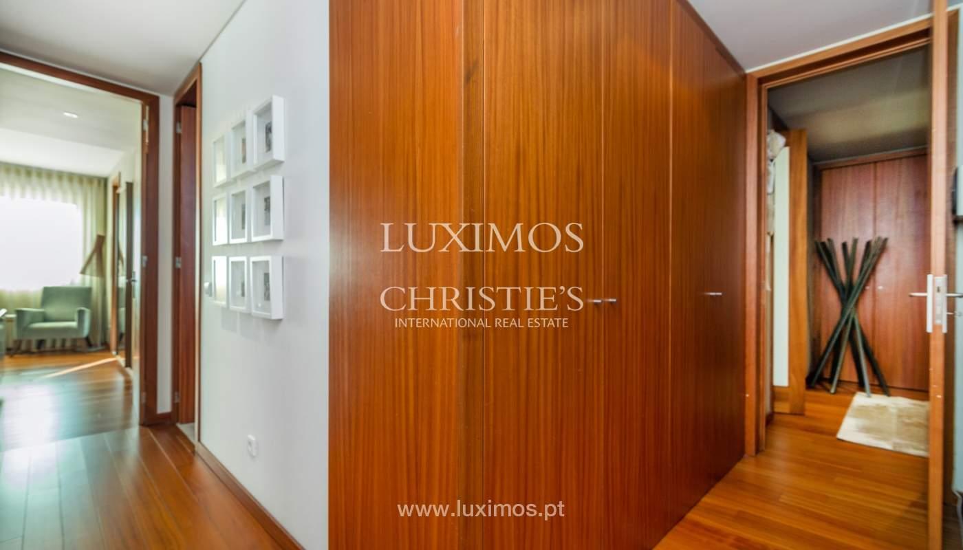 Verkauf einer Wohnung mit Meerblick in Matosinhos, Portugal_132110