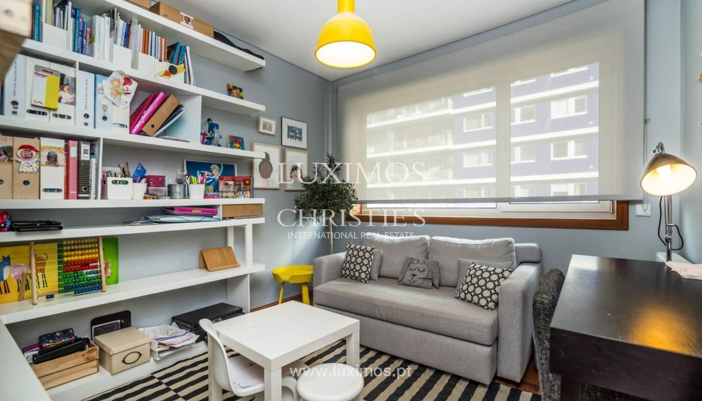Verkauf einer Wohnung mit Meerblick in Matosinhos, Portugal_132112