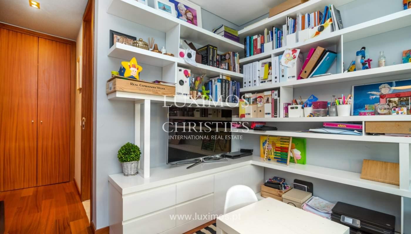 Verkauf einer Wohnung mit Meerblick in Matosinhos, Portugal_132113