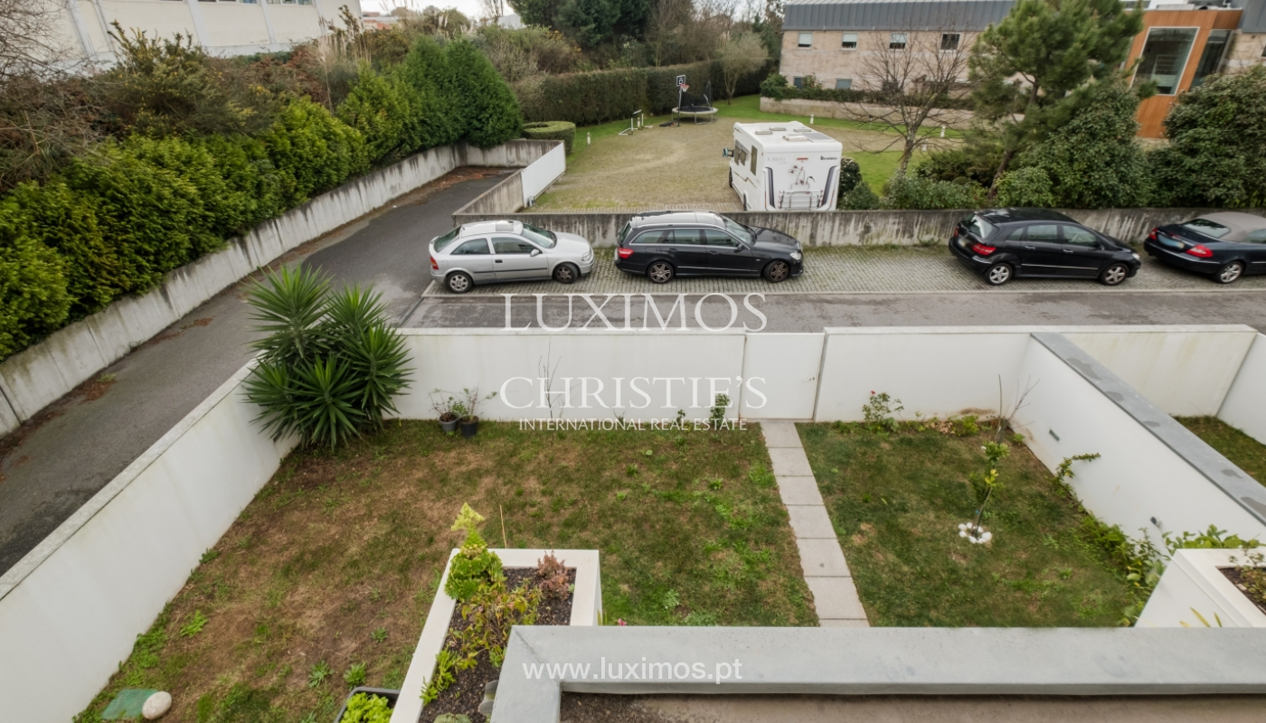 Sale of villa with terrace, in the area of Vilarinha, Porto, Portugal_132337