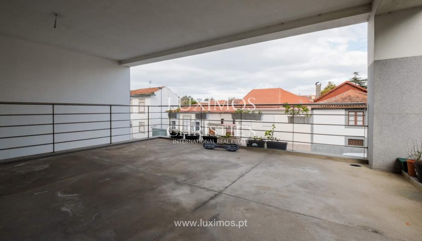 Venda de moradia com terraço, na zona da Vilarinha, Porto_132369