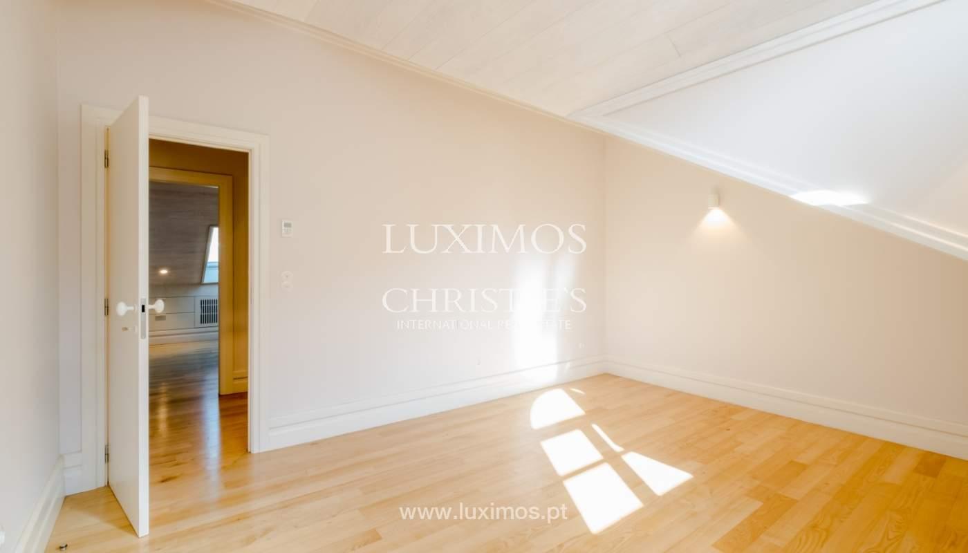Apartamento Duplex, para venda, no centro histórico do Porto_132417