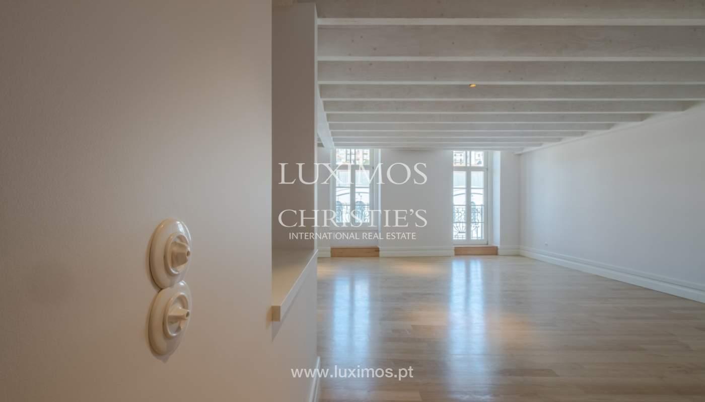 Apartamento Duplex, para venda, no centro histórico do Porto_132424