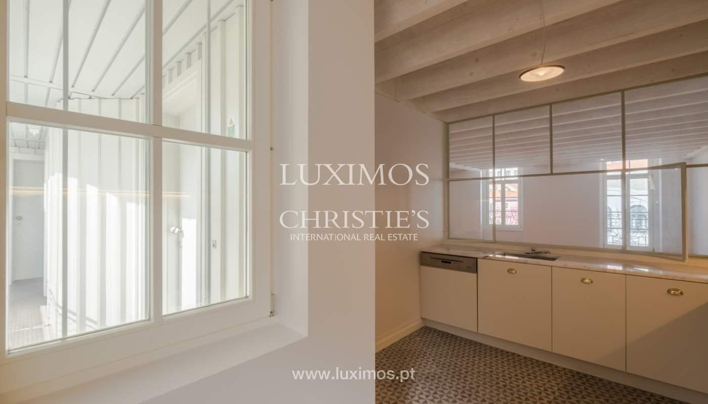 Apartamento Duplex, para venda, no centro histórico do Porto_132433