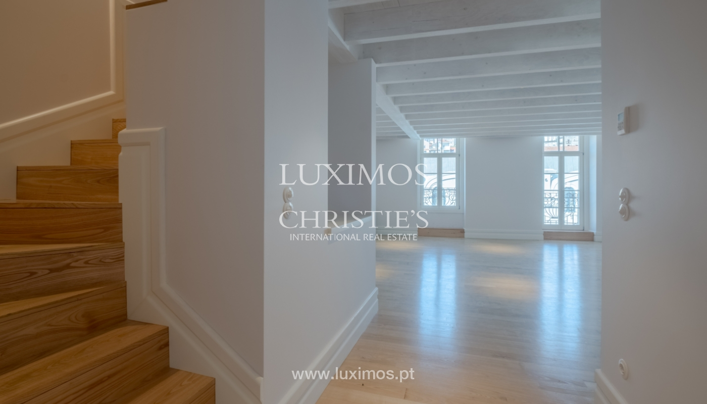 Apartamento Duplex, para venda, no centro histórico do Porto_132440