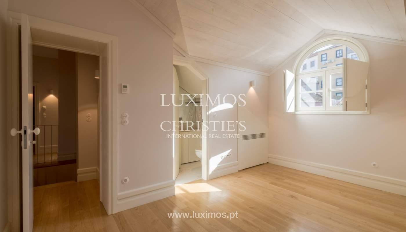 Apartamento Duplex, para venda, no centro histórico do Porto_132442