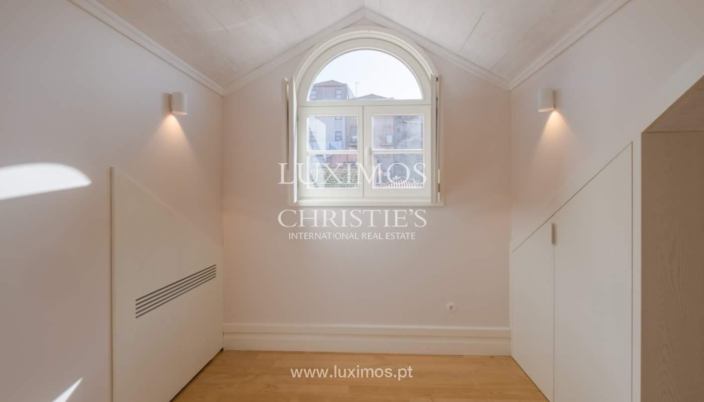 Apartamento Duplex, para venda, no centro histórico do Porto_132447