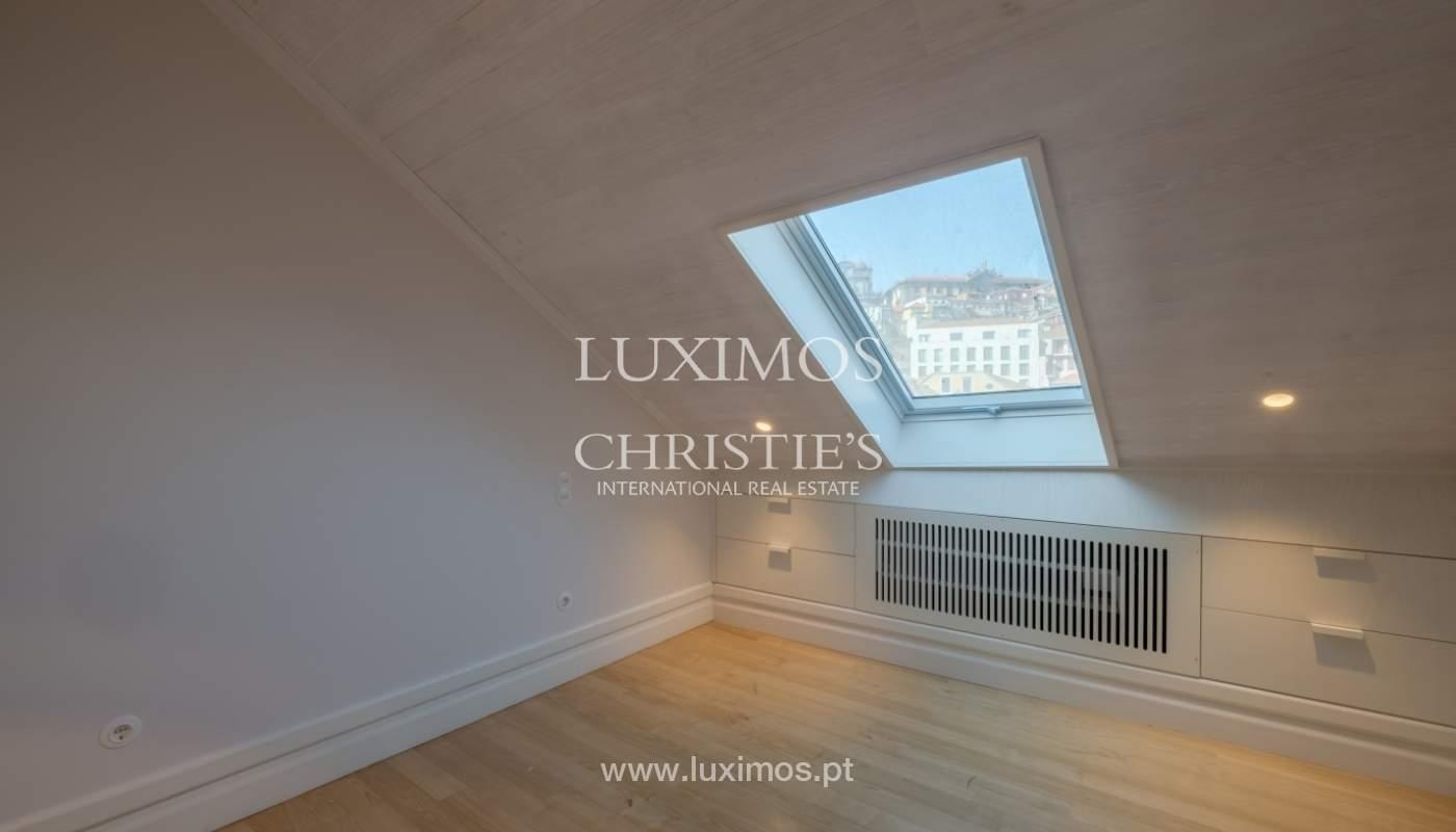 Apartamento Duplex, para venda, no centro histórico do Porto_132449