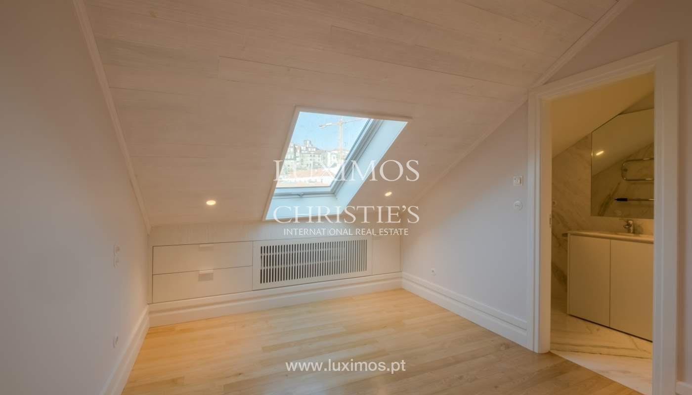 Apartamento Duplex, para venda, no centro histórico do Porto_132453