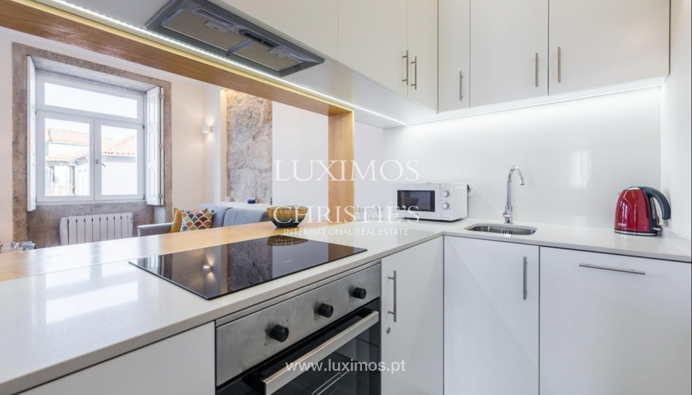 Sale of apartment, near the Cathedral of Porto, Portugal_132465