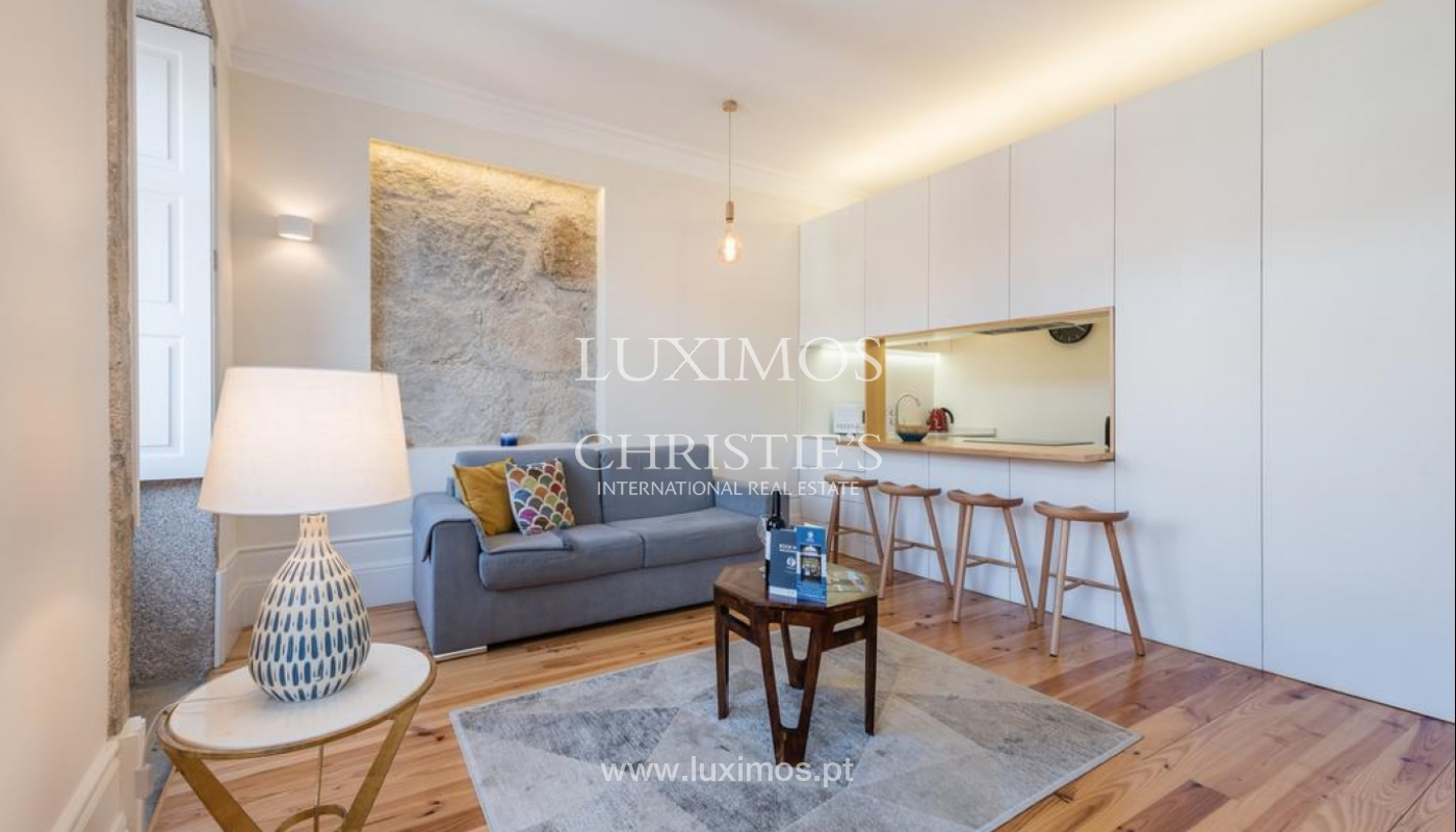 Sale of apartment, near the Cathedral of Porto, Portugal_132475