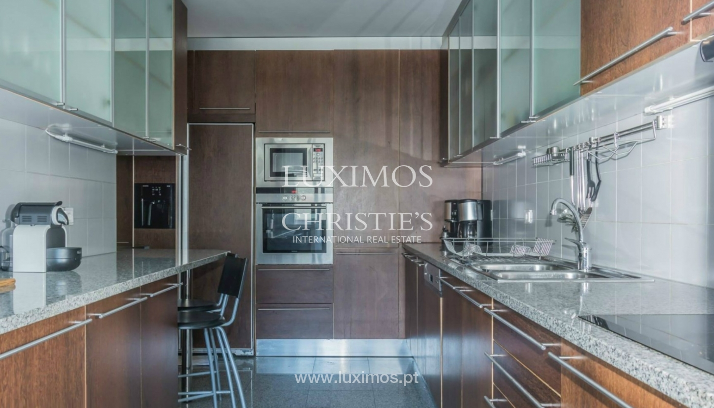 Apartment with sea front and ocean views, Matosinhos, Porto, Portugal_132555