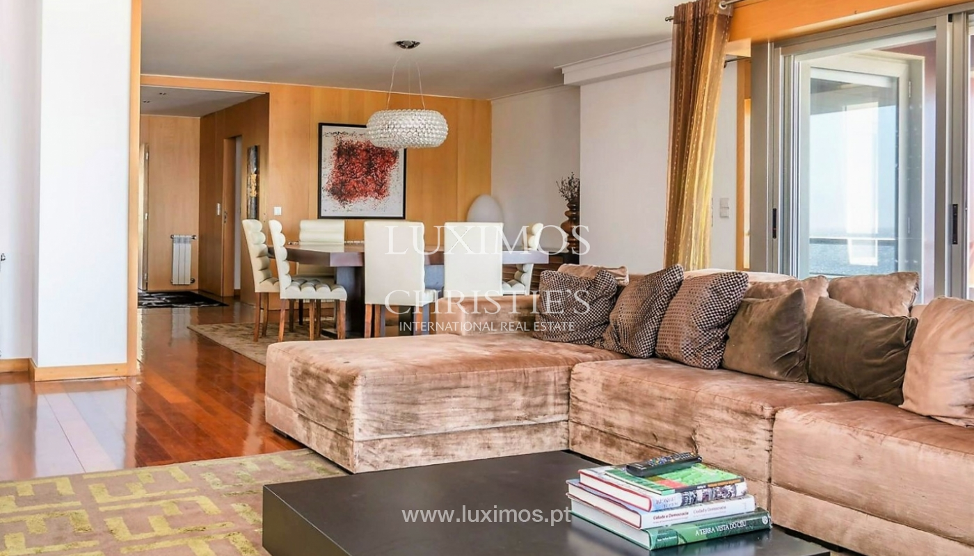 Apartment with sea front and ocean views, Matosinhos, Porto, Portugal_132560