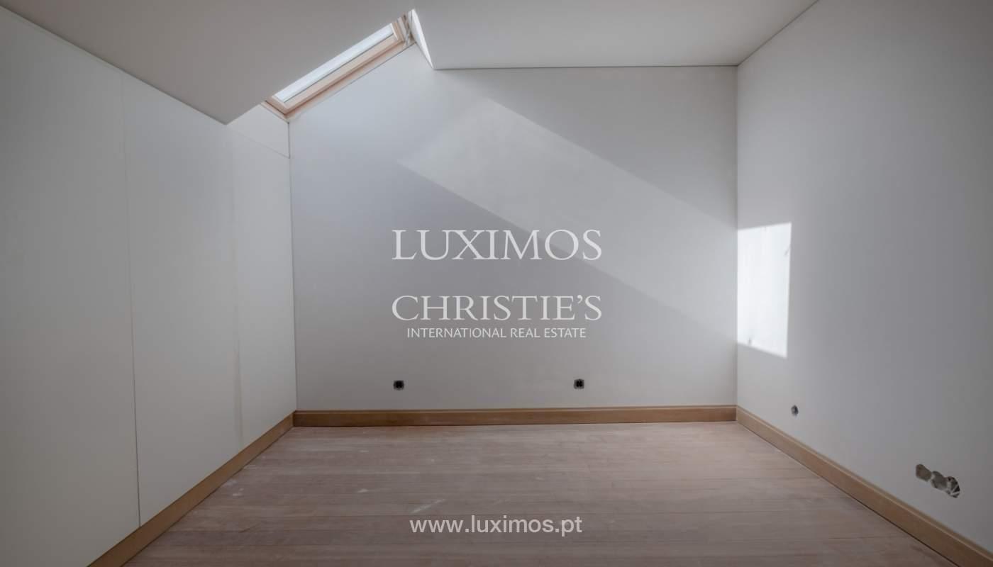 Apartamento novo e moderno, em condomínio fechado de luxo, Porto_132619