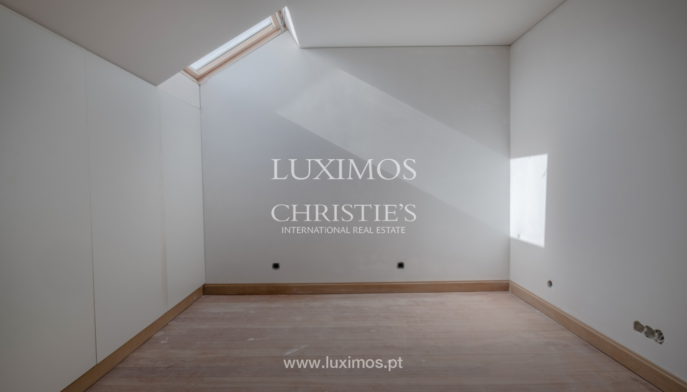 Apartamento novo e moderno, em condomínio fechado de luxo, Porto_132665