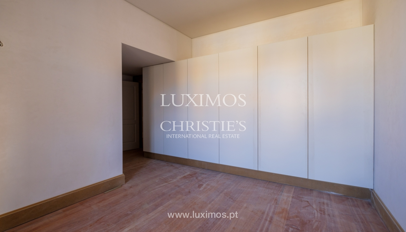 Apartamento novo e moderno, em condomínio fechado de luxo, Porto_132858