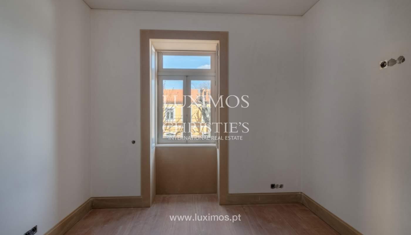 Apartamento novo e moderno, em condomínio fechado de luxo, Porto_132859