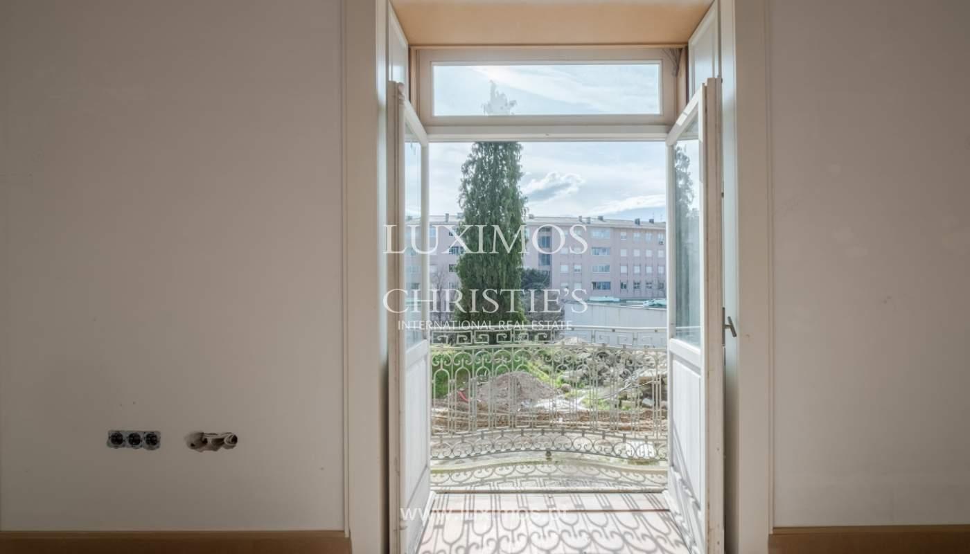 Apartamento novo e moderno, em condomínio fechado de luxo, Porto_132875