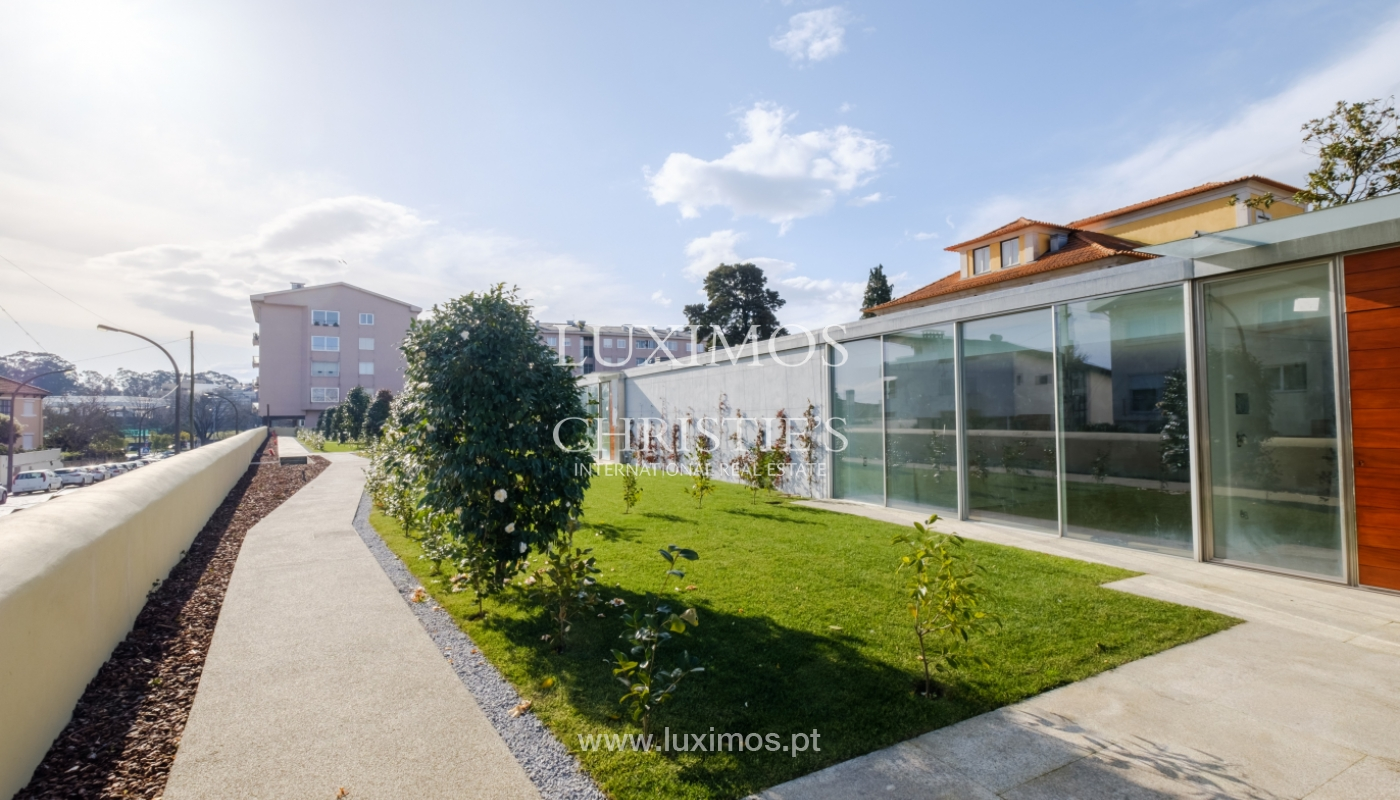 New and modern house in luxury private condominium, Porto, Portugal_132964