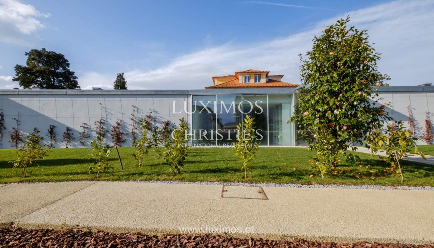 New and modern house in luxury private condominium, Porto, Portugal_133008