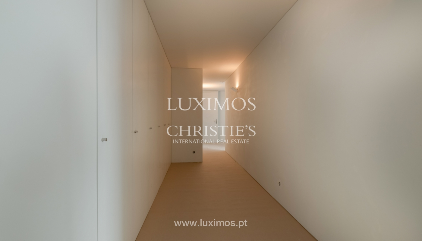 Moradia nova e moderna, em condomínio fechado de luxo, Porto_133209