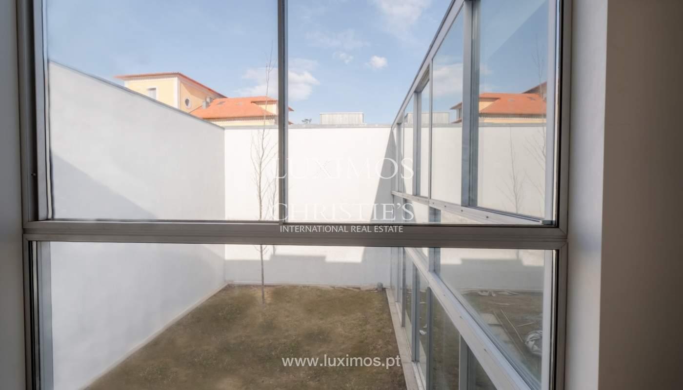 Moradia nova e moderna, em condomínio fechado de luxo, Porto_133285