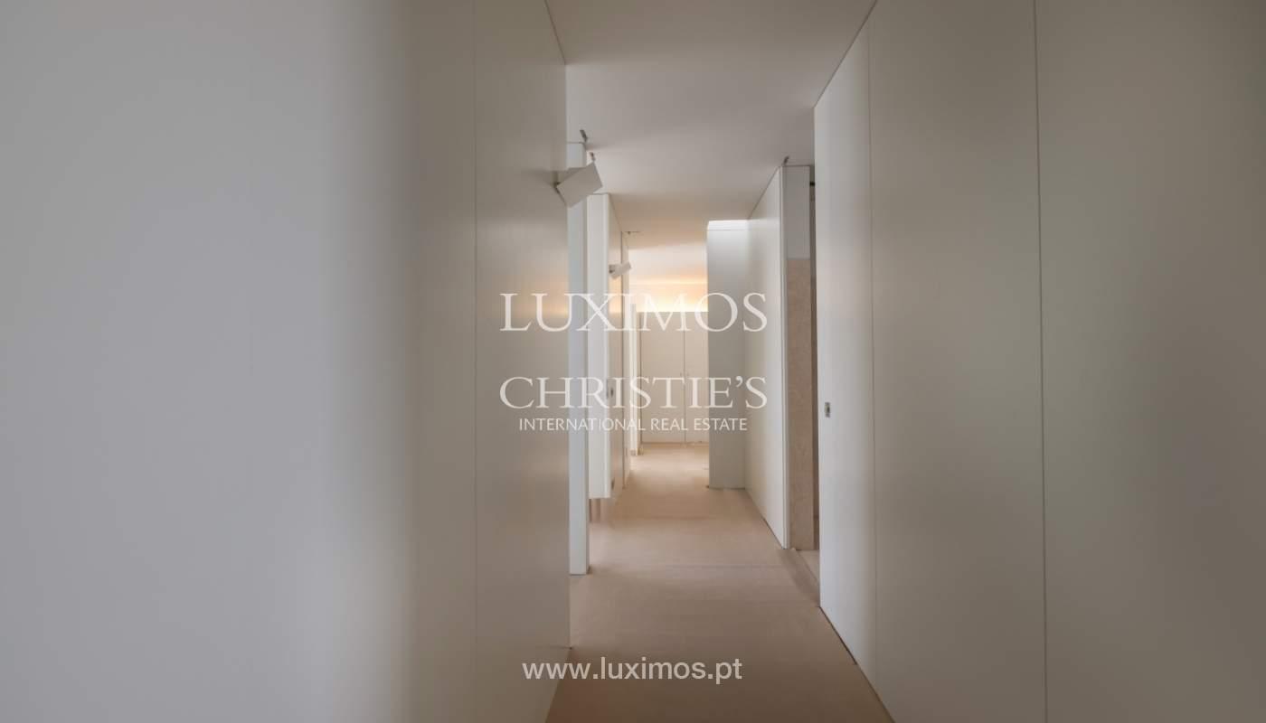 Neue Wohnung in luxuriöser geschlossener Eigentumswohnung, Porto, Portugal_133390